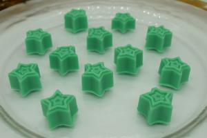 Eucalyptus stars soy