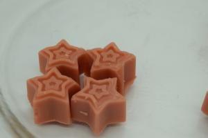 Stars cinnamon soy wax